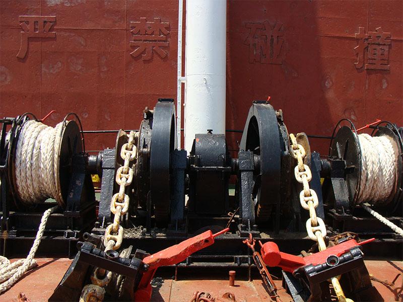 2-deck-windlass-06