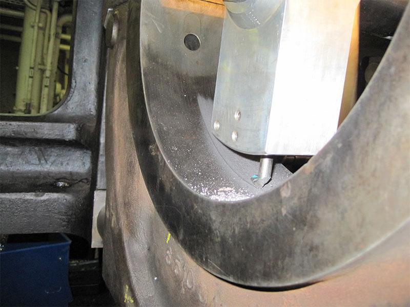 3-disel-engine-in-situ-machining-04