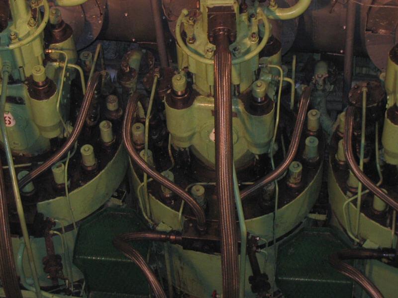 3-disel-engine-overhauling-05