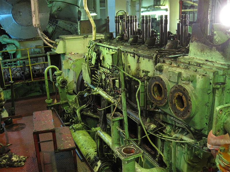 3-disel-engine-overhauling-11