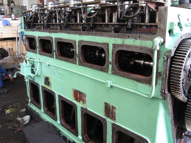 3-disel-engine-overhauling-17